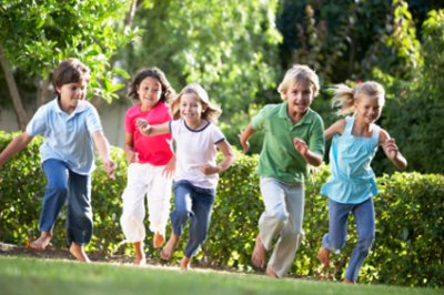 awesome kids outdoor games for groups and birthday parties