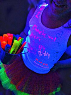 Provide Plenty Of Highlighters Yelloworange Green And Pink Glow Best So That You Your Friends Can Have Fun Drawing All Over Each Others Shirts